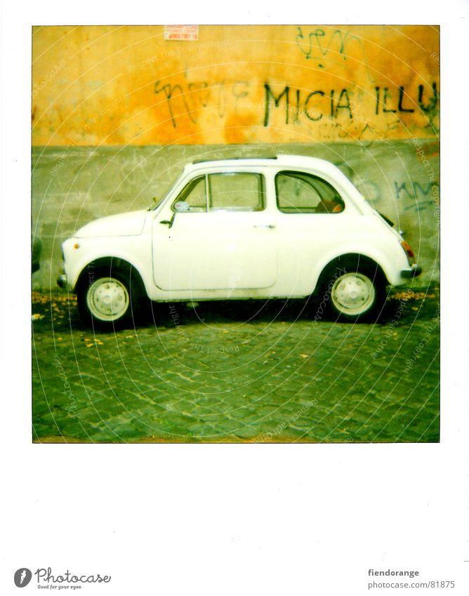 mifiati Wand Mauer klein Italien Kopfsteinpflaster Mafia Päpste Autofahrer Fahrer Nummernschild Binderstein
