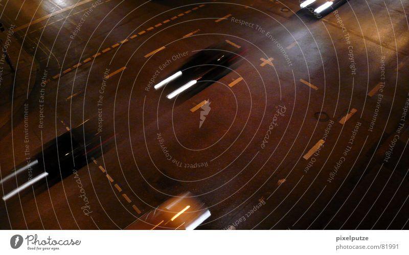 quer und kreuz... kreuz und quer rot schwarz Haus gelb Straße dunkel Leben Wege & Pfade grau Bewegung Linie Beleuchtung Wohnung Rücken Energiewirtschaft 3