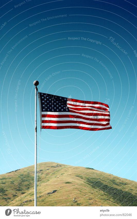 Star Spangled Banner 2 Himmel grün Streifen USA Fahne Hügel Amerika Stars and Stripes Kalifornien Firmament San Francisco