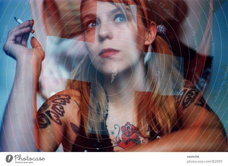 wir alle tragen tätowierungen 2 Schweiz Zigarette Frau Fahne Kultur Tattoo Gegend Rauchen Junge Frau Heimat Herkunft Patriotismus blond Kunst Lippen Amerika
