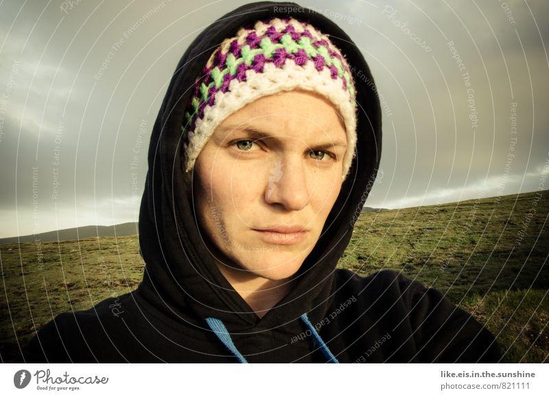 irish sunset-light Natur Ferien & Urlaub & Reisen Jugendliche Pflanze schön Junge Frau Landschaft 18-30 Jahre Ferne Umwelt Erwachsene Leben Gefühle Wiese feminin Gras