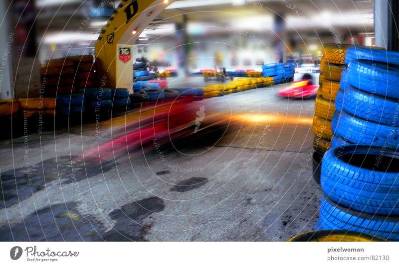 GoKart blau rot gelb grau PKW fahren Ziel Verkehrswege Motorsport Go-Kart Rennwagen