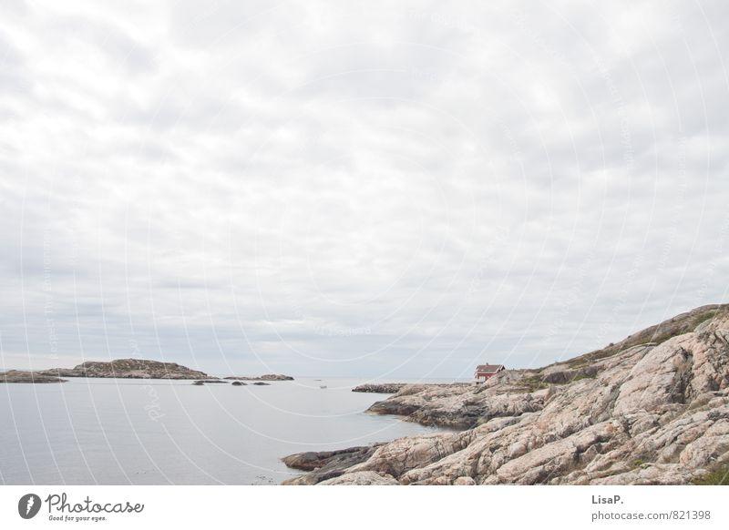 Einsamkeit Ferien & Urlaub & Reisen blau Sommer Meer Landschaft Ferne Umwelt Küste grau Freiheit Felsen Europa Ausflug Insel Abenteuer