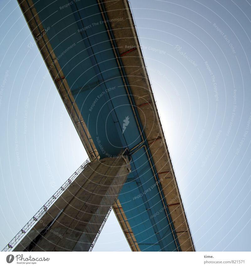 High Way Bauwerk Architektur Verkehr Verkehrswege Personenverkehr Straße Wege & Pfade Hochstraße Brücke Brückenpfeiler gigantisch hoch Stadt Fortschritt