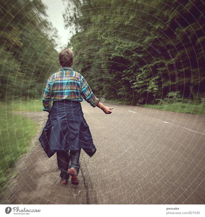 verlockung   fernweh androgyn Erwachsene 1 Mensch Frühling Sommer Wald Zeichen entdecken Entschlossenheit Ferien & Urlaub & Reisen Freiheit Anhalter Straße