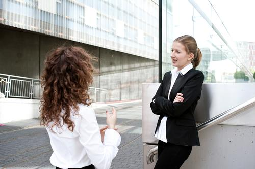 Smalltalk Business Kommunizieren Pause planen Netzwerk Team Leidenschaft Partnerschaft Dienstleistungsgewerbe Stress Konflikt & Streit Beratung Teamwork
