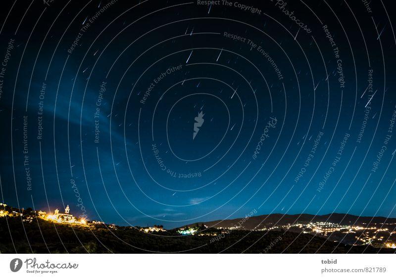 Stars ... Natur Landschaft Himmel Wolkenloser Himmel Nachthimmel Stern Horizont Hügel Chiavari Italien Dorf Kleinstadt drehen leuchten Ferne glänzend