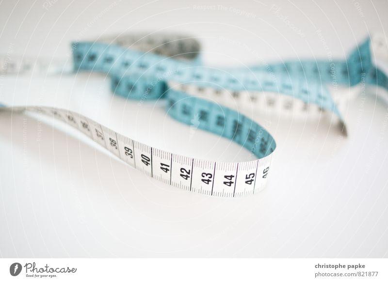 Maßvoll Ordnung Umzug (Wohnungswechsel) Genauigkeit messen Handarbeit heimwerken Maßband Messung zugeschnitten maßgearbeitet Zentimeter Millimeter
