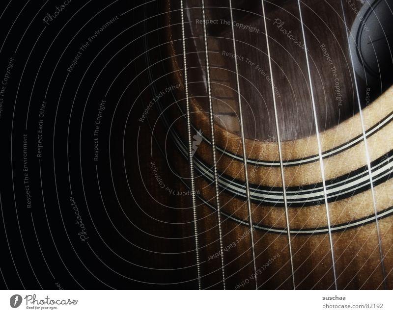 .. mein saiteninstrument dunkel Spielen Musik Traurigkeit Konzert Rockmusik Gitarre Loch harmonisch Klang Musiknoten Musikinstrument Lied Saite Gesang Schall