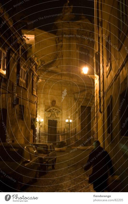 roma sinistra Rom Italien Nacht dunkel Gasse Licht Einsamkeit schlafen Nachttopf Architektur Schatten Angst