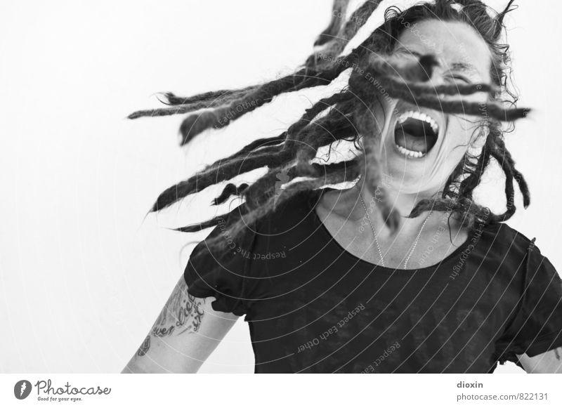 Aggroturismo 5 | Melt The Ice Mensch Frau Jugendliche Junge Frau Gesicht Erwachsene feminin Haare & Frisuren Kopf Kraft Tanzen verrückt Lebensfreude einzigartig