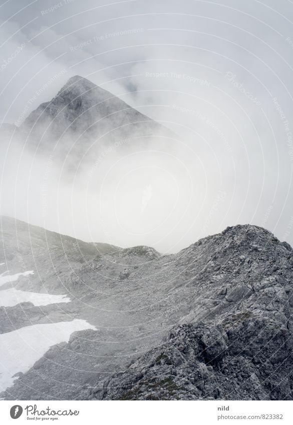 Karwendel Natur Ferien & Urlaub & Reisen Sommer Landschaft ruhig Wolken Ferne dunkel kalt Berge u. Gebirge Umwelt Schnee grau Freiheit Felsen Freizeit & Hobby