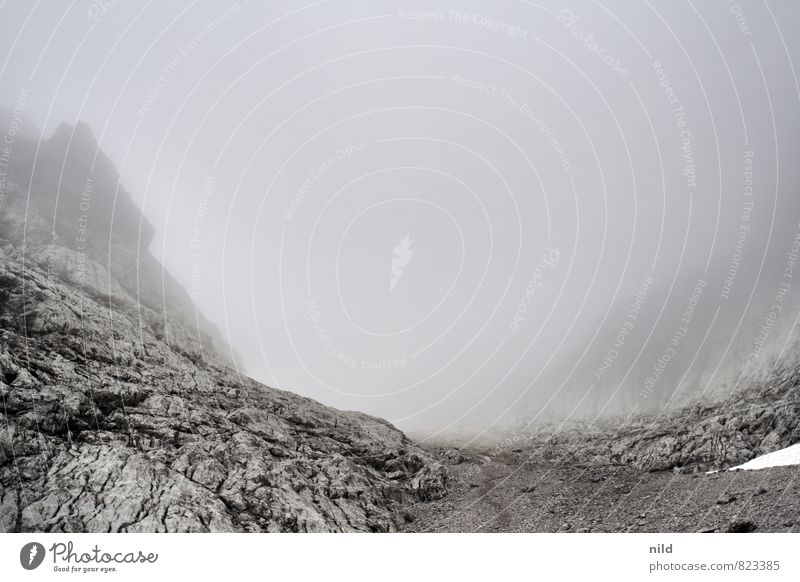 Karwendel Natur Ferien & Urlaub & Reisen Sommer Erholung ruhig Landschaft Wolken Ferne kalt Umwelt Berge u. Gebirge Wege & Pfade grau Freiheit Felsen