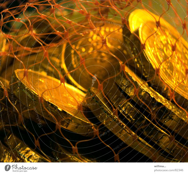 Süßer Notgroschen Geld Münzen Reichtum Finanzen Kapitalwirtschaft Süßwaren ungesund Schokolade Geldinstitut gold Taler scheffeln Bargeld Geldmünzen Besitz