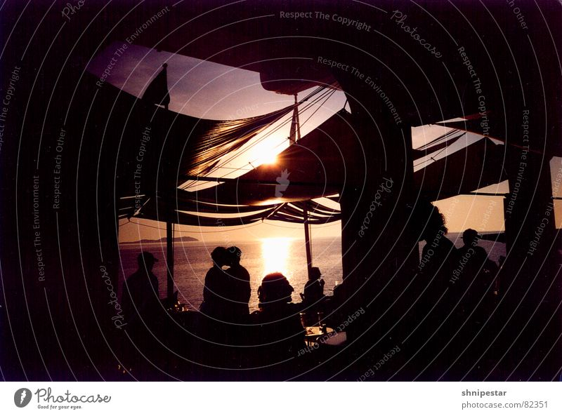 Live @ Café del Mar No.3 Erholung Ibiza Sommer genießen Strand Physik dunkel Fahne fantastisch Meer Sonnenuntergang Silhouette Stab Ferien & Urlaub & Reisen