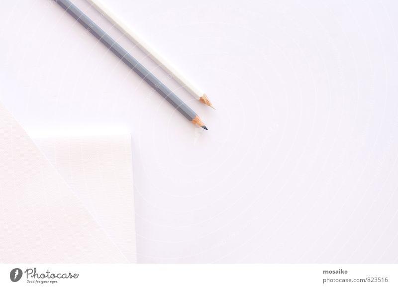 weißer Schreibtisch Lifestyle kaufen Design schön Tisch Hochzeit Bildung Schule Arbeit & Erwerbstätigkeit Büroarbeit Kunst Mode Papier Schreibstift modern grau