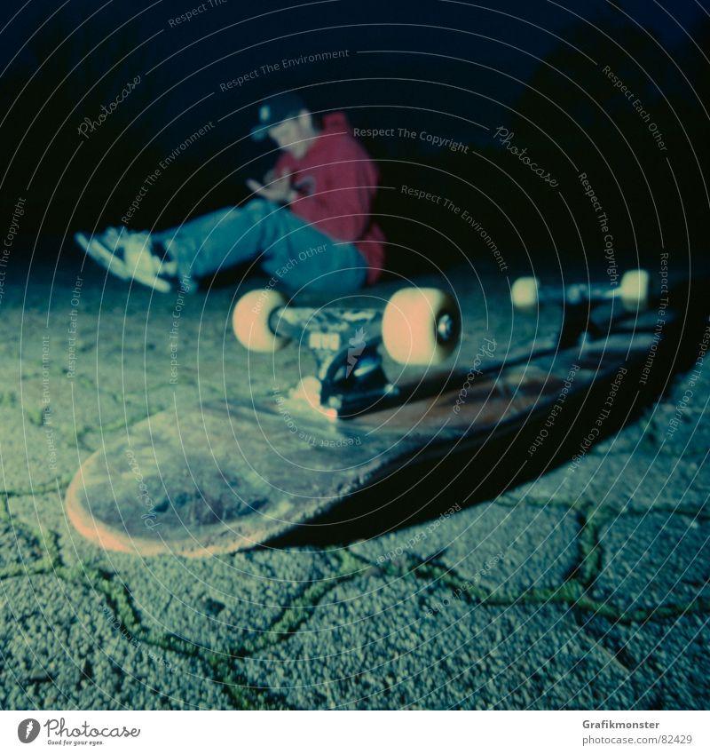Boden der Tatsachen Stimmung Bodenbelag fallen Schmerz Skateboarding Quadrat Ambiente Flair Extremsport