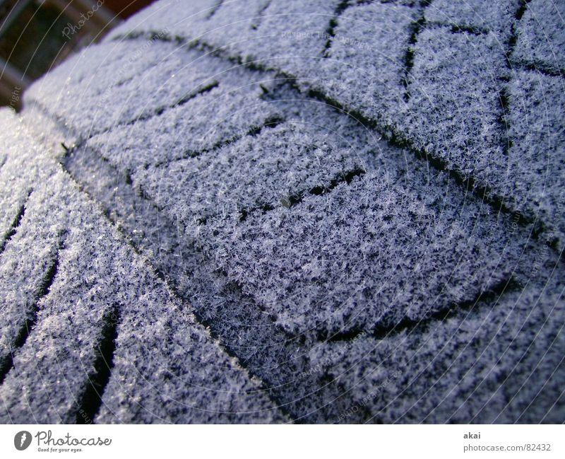Rauhreifen 1 Winter kalt Schnee PKW Eis Verkehr Frost Raureif Motorsport Autorennen Autoreifen Schlappen Formel 1