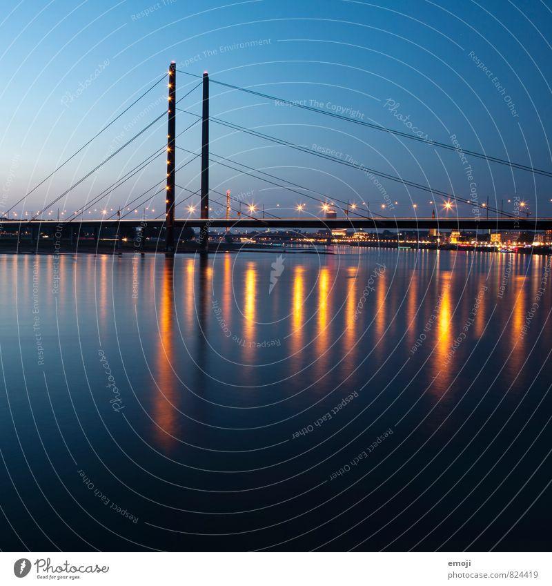 Düsseldorf Himmel blau Stadt Energie Brücke Fluss Skyline Sehenswürdigkeit Düsseldorf