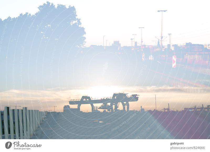 Mannheimer Hafen und mehr Hafenstadt Skyline Industrieanlage Brücke Hafenkran Stadt einzigartig Konkurrenz Surrealismus Güterverkehr & Logistik Stadtlicht