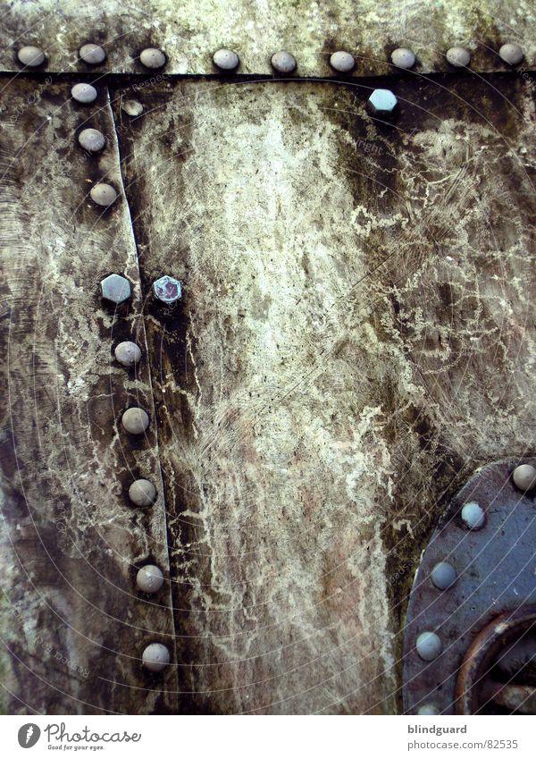 Altes Eisen [1] alt Wetter dreckig Hintergrundbild Industrie verfallen Stahl schäbig Schraube Niete Luke U-Boot Kurbel