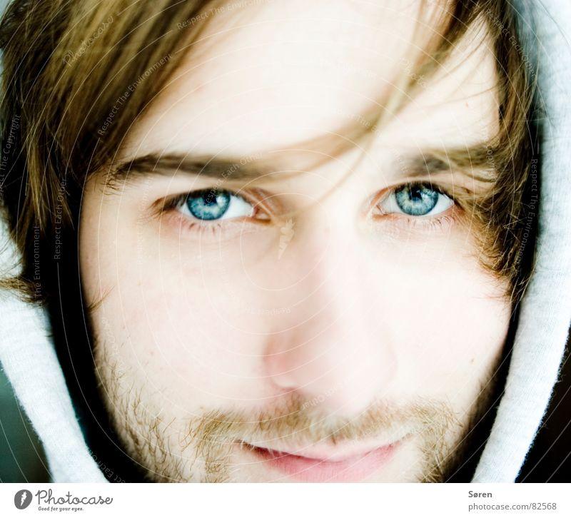 Kleiner Emojunge Mensch Mann Gesicht Auge kalt lachen Haare & Frisuren Eis Nase frisch Porträt Bart grinsen Pullover Friseur Hardcore