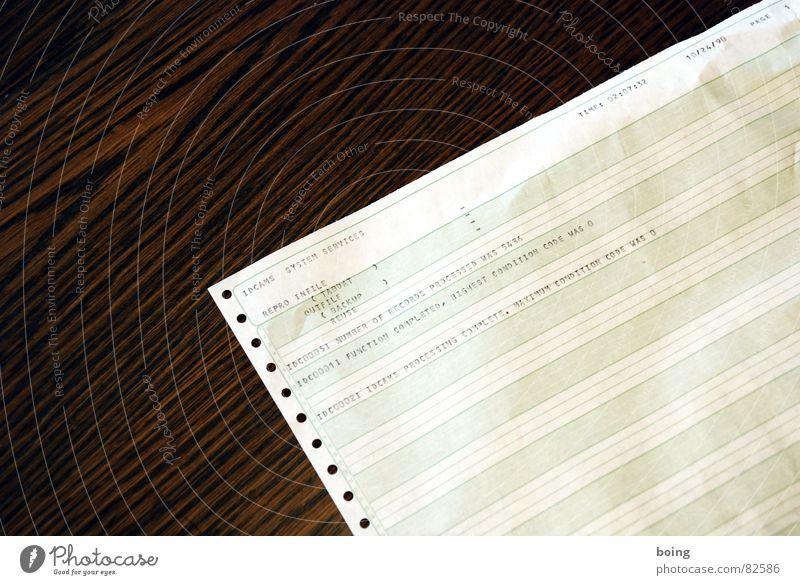 grünweiss | Kati versucht sich an eine ISBN zu erinnern Tisch Industrie Software Sitzung Kontrolle Schreibtisch Informationstechnologie Sammlung Gesetze und Verordnungen Leistung Drucker Aktenordner Qualität zentral Vorgesetzter Marketing