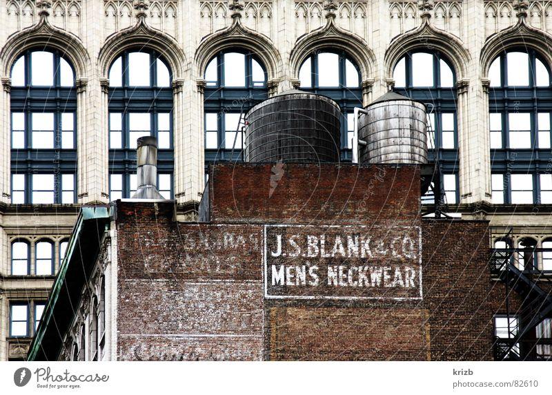 Men's Neckwear New York City New York State Gebäude Silo Typographie Fassade Backstein Stadt Gegenteil Bauwerk USA Amerika Architektur historisch alt und neu
