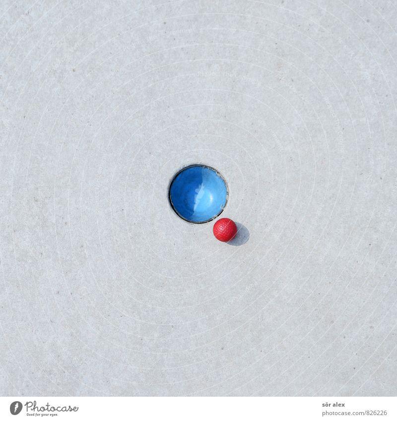 game over blau rot ruhig Sport Spielen grau Erfolg Perspektive rund planen Ziel Ball sportlich Konzentration Karriere Golf