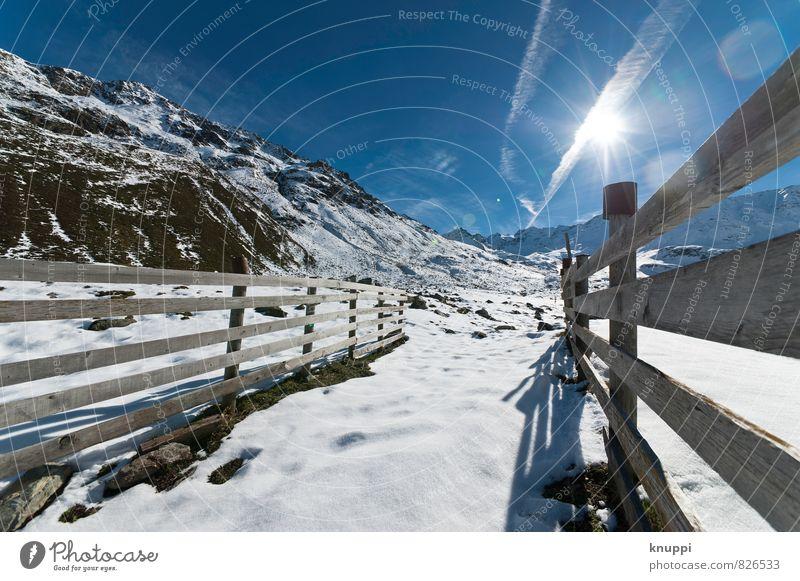 Linienführung Umwelt Natur Landschaft Erde Himmel Wolkenloser Himmel Sonne Sonnenlicht Winter Klima Klimawandel Wetter Schönes Wetter Eis Frost Schnee Felsen