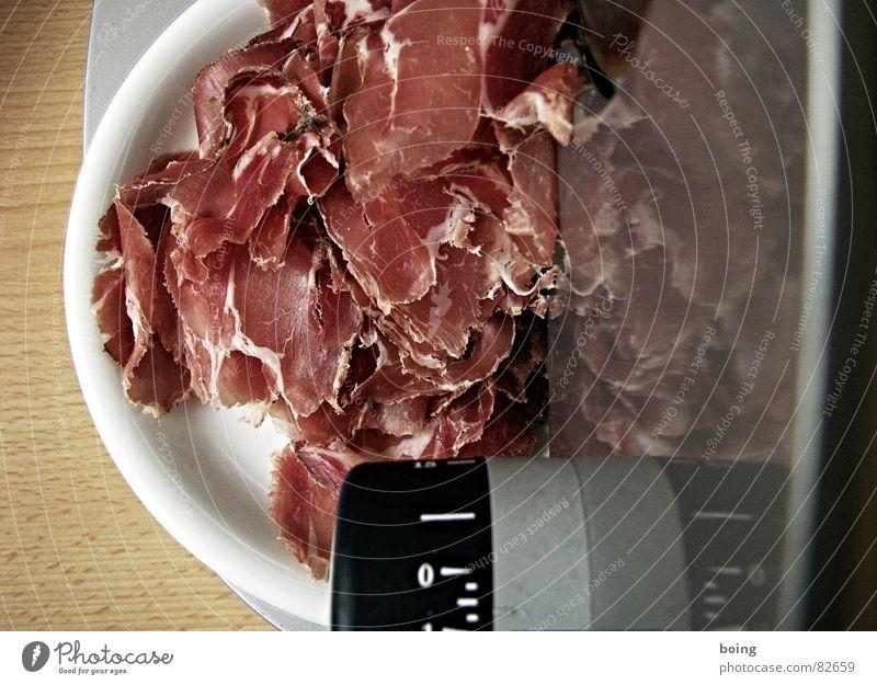 Ich, Bürger Kraft Gastronomie dünn Teller Abendessen Fleisch Messer Schwein Wurstwaren Belegtes Brot Mahlzeit Schinken Metzgerei Geschirr Wurstbrot