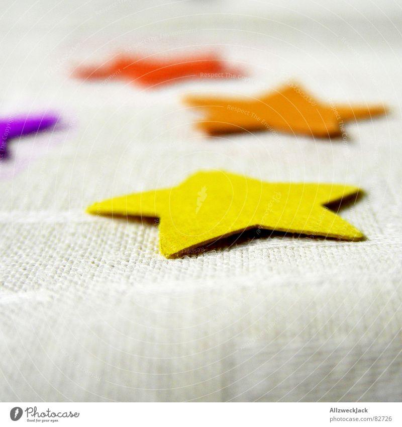 Ein Stern am Morgen vertreibt Kummer & Sorgen Tischdekoration Unsinn gelb rot mehrfarbig Wunder Dinge Freude Geburtstag wundertüte Stern (Symbol) Decke orange