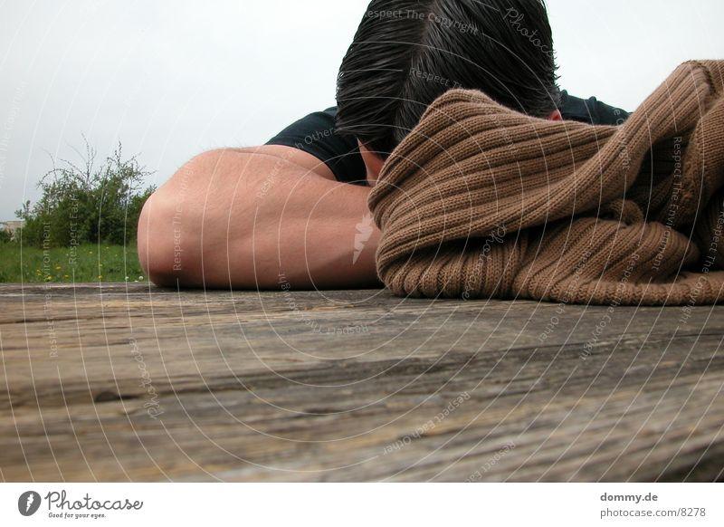 ausruhen Mann Natur Erholung Holz Arme Bank Jacke