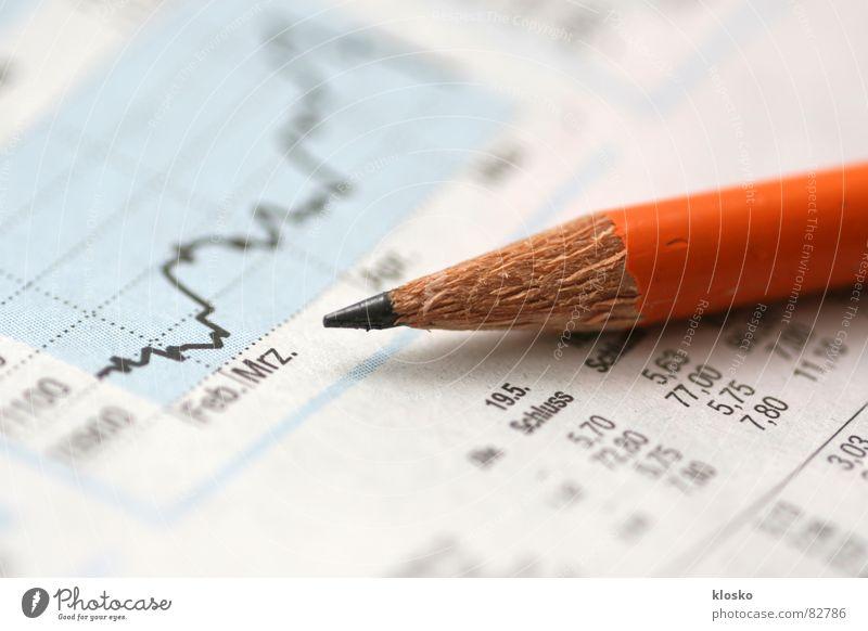 Es geht wieder auf... Management Business orange Geld Papier lesen Zeitung beobachten Medien Schreibstift Grafik u. Illustration Kurve Markt Aktien Börse Bleistift