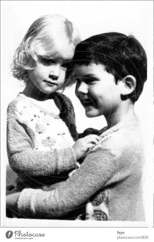 geschwisterliebe Mensch Kind Familie & Verwandtschaft Geschwister Bruder Schwester