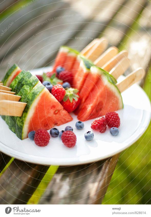 Melone am Spiess Frucht Ernährung Picknick Bioprodukte Vegetarische Ernährung Fingerfood frisch Gesundheit lecker natürlich süß Wassermelone Farbfoto