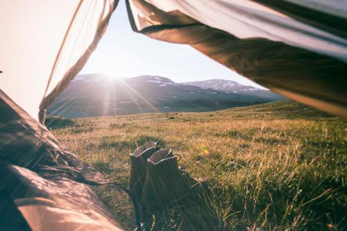 good morning sunshine Ferien & Urlaub & Reisen Sommer Erholung ruhig Ferne Berge u. Gebirge Wiese Freiheit Gesundheit Zufriedenheit Schuhe Tourismus wandern