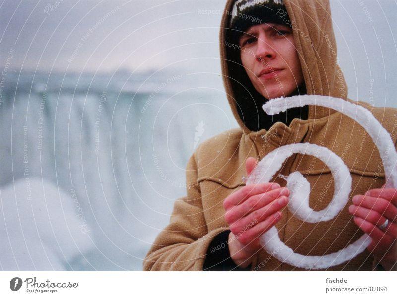 eiskunst an den niagara fällen Eiskunst Schnellzug Spirale kalt schön Winter Kanada falls man niagara falls eisgebilde Niagara Fälle man in front Wasserfall