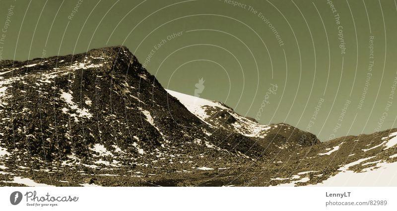 HIDE & SEEK IN GEISHA'S GARDEN Eis kalt Ötztal Besteigung frigide Österreich grün Berge u. Gebirge Bergsteigen Himmel Klettern Gipfelstürmer steiniger weg