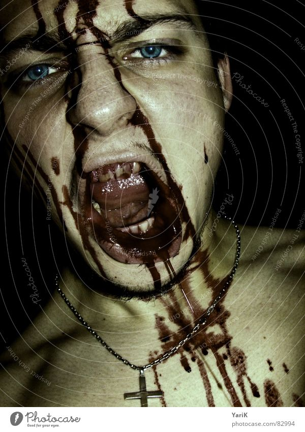 gegessen III rot Auge dunkel Tod braun Rücken Ernährung dreckig Mund Zähne gruselig Wut türkis schreien böse Gesichtsausdruck