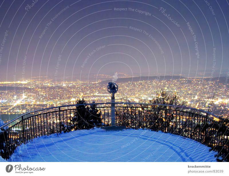 Der Himmel über Zürich Stadt Winter Schnee groß Perspektive Klarheit Schweiz Mitte Skyline Aussicht Zürich Plattform Teleskop überblicken Stadtlicht