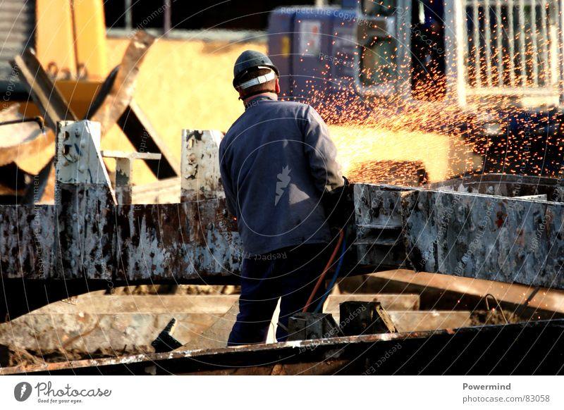 FunkenHerbert Baustelle Maschine verfallen Dienstleistungsgewerbe Handwerk Helm Demontage Arbeiter Recycling Schutzhelm Schweißen Stahlträger Baugrundstück
