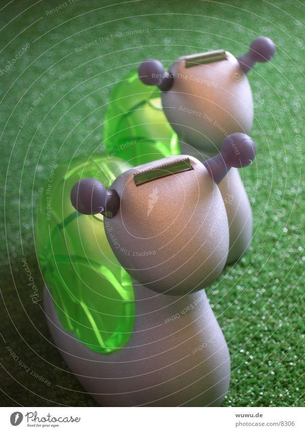schneckchen grün Innenarchitektur grau Kunststoff Schnecke Klebeband Klebstoff Bürogerät Plastikfigur