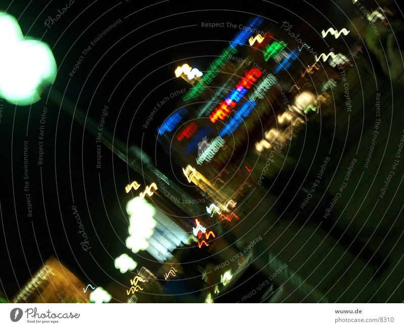 nächtliche Reklame München Club Werbung Neonlicht