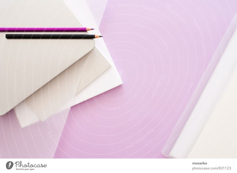 Lila Büro 1 feminin Stil Lifestyle rosa Arbeit & Erwerbstätigkeit Design Ordnung Büro modern Erfolg lernen Papier planen violett Bildung Beruf