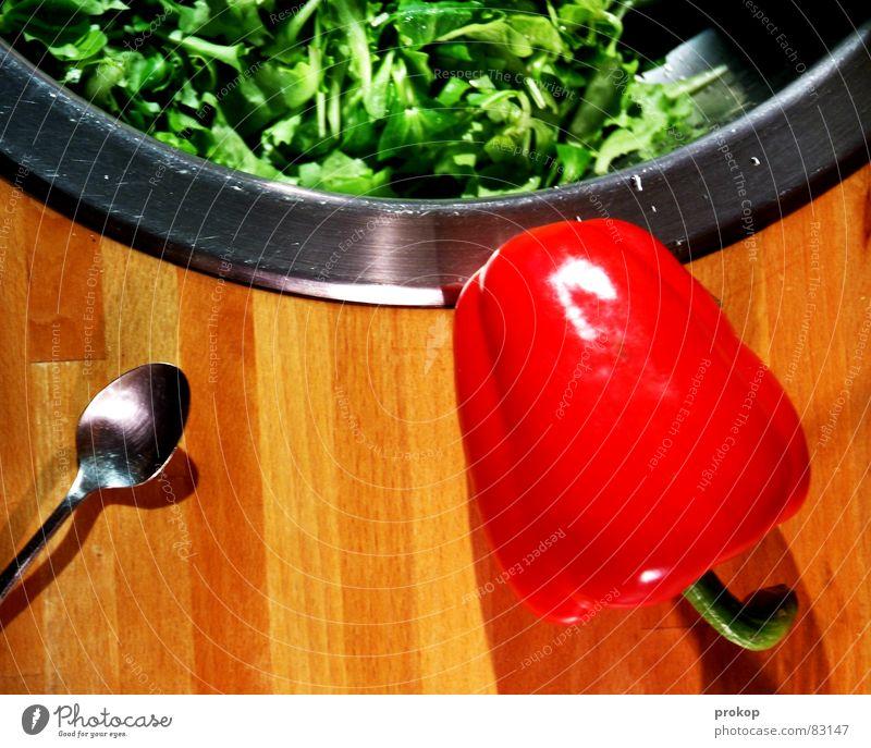 Ohrfeigenfarben zum Nachtisch Blattsalat Feldsalat Paprika Löffel Küche Edelstahl Gesundheit Gesunde Ernährung pflanzlich Rostfreier Stahl