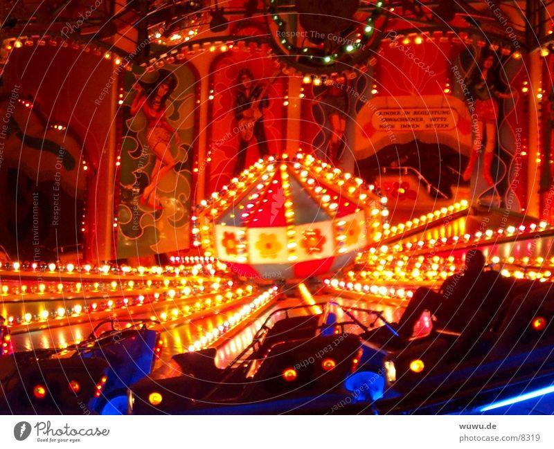 Musikexpress Frühlingsfest München 2 Nacht Licht Jahrmarkt Club