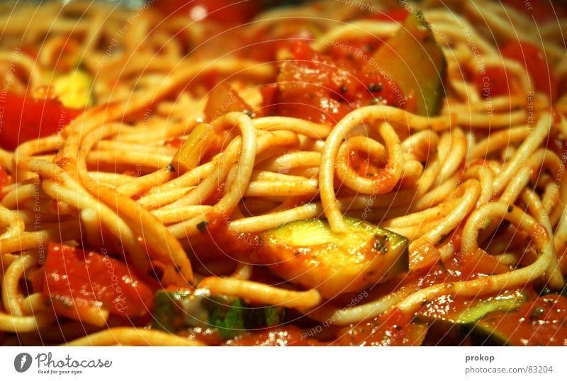 Auf die Nudeln warten IV Freude Erholung Ernährung Lebensmittel Küche Italien Speise Appetit & Hunger Gesellschaft (Soziologie) lecker Teller Fressen