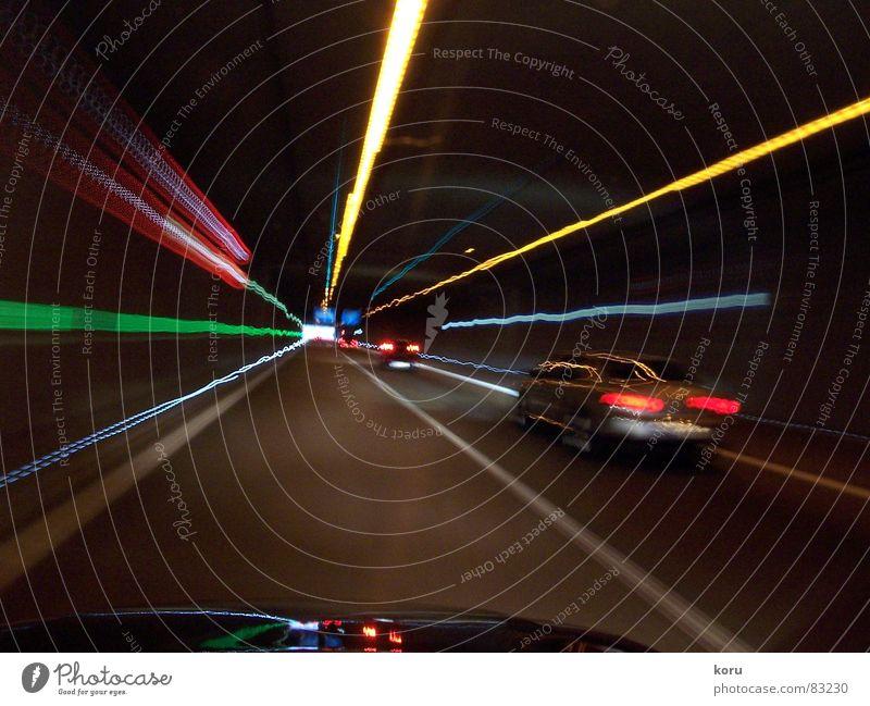 Tunnelblick Licht Geschwindigkeit dunkel car Reflexion & Spiegelung PKW