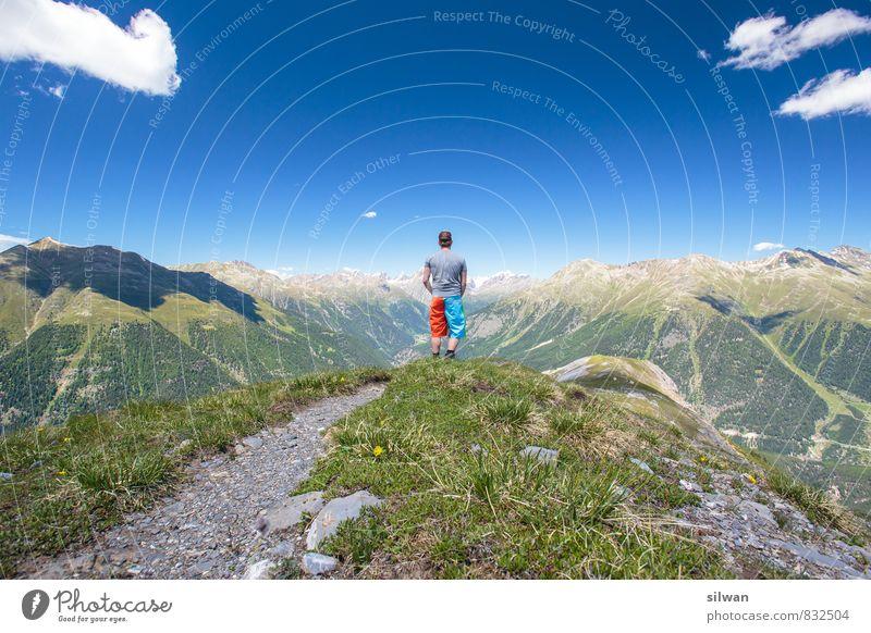 tolle Aussicht #1 Mensch Himmel Jugendliche Mann blau grün Sommer Landschaft Wolken 18-30 Jahre Umwelt Erwachsene Berge u. Gebirge Sport grau Freiheit